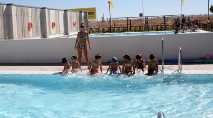 Abierta la inscripci n a los cursos de nataci n en quer for Clases de natacion df