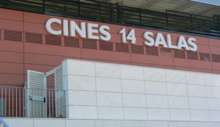 Los multicines reducen casi a la mitad el precio de la for Cine capitol precio entrada