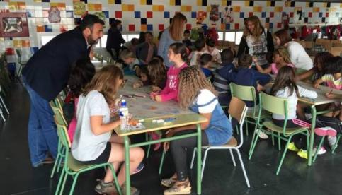 Más de un centenar de escolares, en el primer día del campamento urbano de Azuqueca