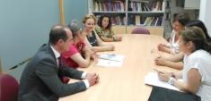 La directora del Instituto de la Mujer visitó el Centro de Alovera