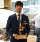 Espárrago de oro para el novillero alcarreño Adrián Henche