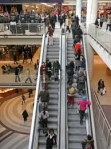 Detenido por intentar fotografiar a una mujer por debajo de la falda en un centro comercial