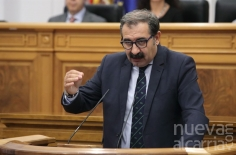 Las Cortes instan al Ministerio de Hacienda a no interponer el recurso contra la OPE del Sescam