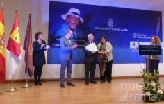 La Diputación amplía la dotación económica para la 'Cátedra Manu Leguineche'