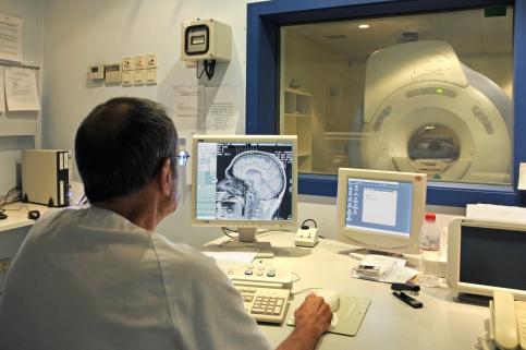 El Gobierno regional invierte 400.000 euros en el nuevo equipo de resonancia magnética del Hospital de Guadalajara