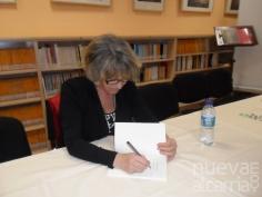 Presentado el libro 'Parque temático', de Toya Velasco