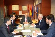 Castilla-La Mancha e Iberdrola refuerzan la colaboración para mejorar la protección de los usuarios