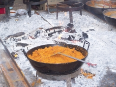 El pueblo de Henche celebra este sábado su tradicional matanza