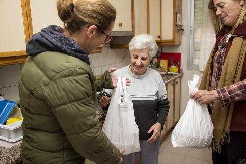 Trillo pone en marcha un servicio pionero de comida a domicilio