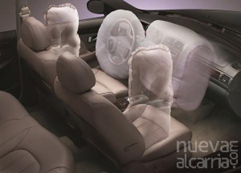 ¿Sabes que  dispositivos son imprescindibles para considerar que un coche es seguro? Hay cuatro que son indispensables a la hora de comprar un vehículo.