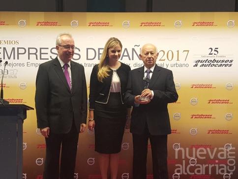 Ramos Bus recoge el premio nacional Empresa del año de transporte discrecional de viajeros