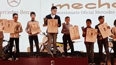 Pablo Leceta recibe el premio de campeón de Madrid de Minivelocidad 2016