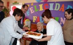 Faustina Ambite, que vive en la residencia de Fuentelencina, cumple 104 años