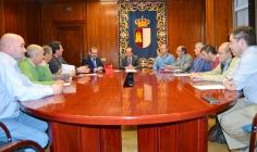 El Gobierno regional y la Asociación de Municipios Gancheros acuerdan homenajear a José Luis Sampedro