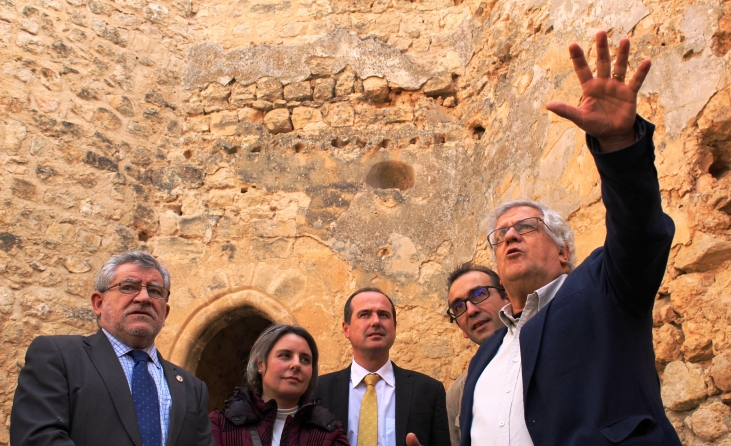 El Gobierno regional intervendrá en la recuperación del castillo de Cifuentes
