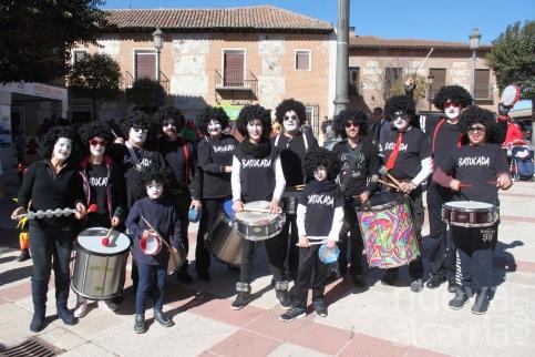 Color y ritmo en el desfile de Cabanillas