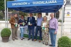 El presidente de la Diputación muestra su apoyo a la Asociación Española Contra el Cáncer