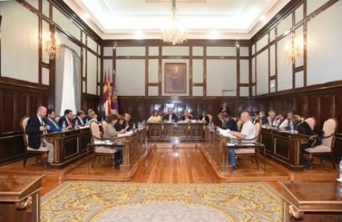 El Pleno aprueba un Protocolo de actuación entre la Diputación y Camilo José Cela Conde
