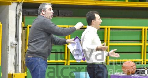 Pepe Peinado releva a su hermano Román en el banquillo del Lujisa