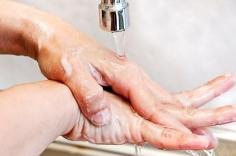 El Hospital de Guadalajara pone en marcha un grupo de higiene de manos