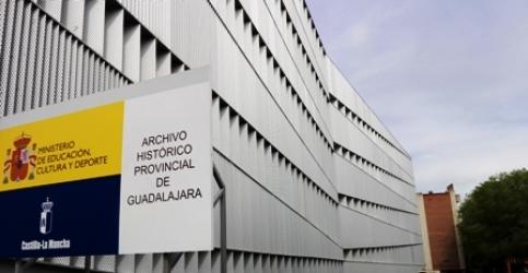 Una exposición que rescata la memoria de edificios emblemáticos de la provincia para el Día de los Archivos