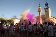 Fuentenovilla estalló de color en su 'I Marcha Colour Run'