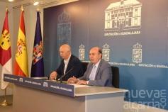 La Diputación facilitará la implantación de la administración electrónica en 260 ayuntamientos de la provincia