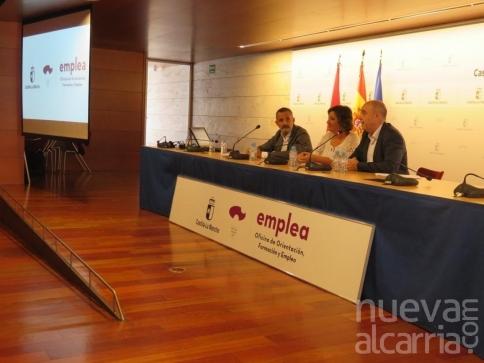 La Junta destina 3,8 millones de euros a renovar las oficinas de empleo e incorpora 122 nuevos profesionales