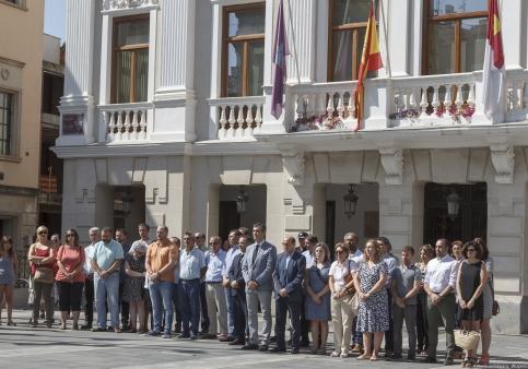 Guadalajara expresa su repulsa por los atentados y su solidaridad con Barcelona