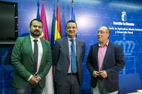 La Junta publicará en otoño otra convocatoria de 50 millones de euros para la incorporación de jóvenes al campo