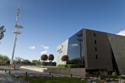Gas Natural Fenosa y Caixabank trasladan sus sedes fuera de Barcelona
