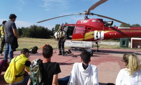 Alumnos del IES 'Ana María Matute' de Cabanillas del Campo han conocido la organización del Servicio de Extinción de Incendios Forestales de la región