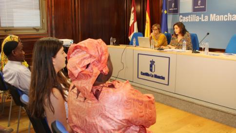 El Instituto de la Mujer acerca a profesionales de diversos ámbitos a la realidad de la Mutilación Genital Femenina para detectar posibles casos