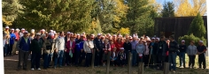 Un total de 170 mayores de la provincia participan en la ruta senderista organizada por el Gobierno regional en el Barranco de la Hoz