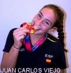 La deportista Andrea Arias pregona las Ferias de Octubre a los brihuegos