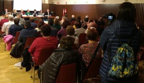 'Abraza el Infantado' reunió a numeroso público en su primera mesa redonda