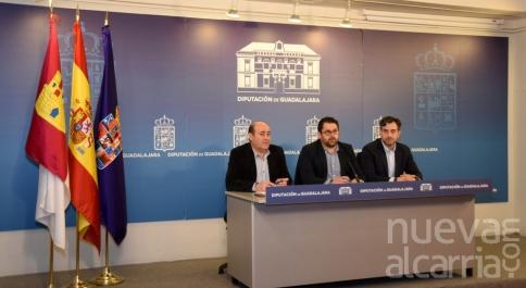 Parra traslada a la Junta el malestar de la Diputación por el trato recibido en FITUR