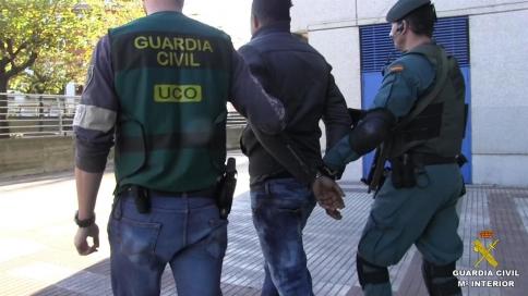 Detenidos en 12 provincias (entre ellas Guadalajara) 89 miembros de una red que explotaba a nigerianas