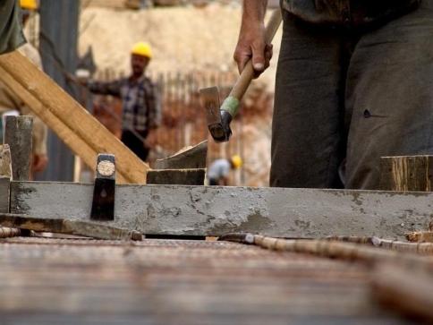 El número de desempleados baja en 239 personas en marzo en Guadalajara y se sitúa en 16.377