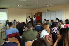 Médicos residentes de Atención Familiar y Comunitaria forman en  primeros auxilios y RCP básica a docentes de la provincia de Guadalajara