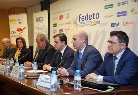 El Gobierno de Castilla-La Mancha ha ayudado, a través del Plan Adelante, a exportar a más de 2.600 empresas de la región