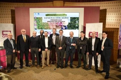 C-LM sacará una nueva convocatoria para jóvenes agricultores y demanda agua para continuar con el relevo generacional