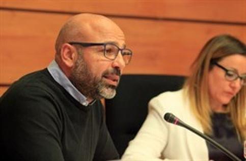 Molina, sobre cómo ejerce Llorente la Portavocía de Podemos en Cortes: