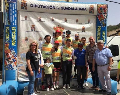 El Circuito de Diputación se abre en Tendilla con el triunfo de Alberto Bancora