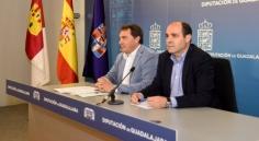 La Diputación aprueba una inversión de cuatro millones de euros para obras en los pueblos y convenios sociales