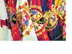'España en rojo y gualda', un paseo por 175 años de historia de la bandera nacional