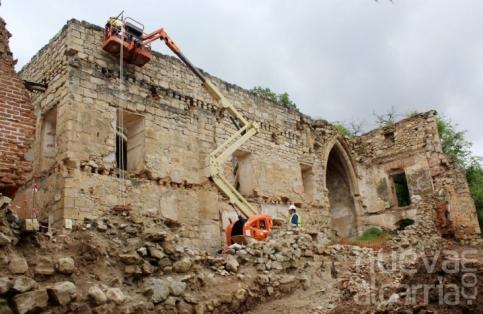 El arqueólogo y el director técnico de las obras de Bonaval explican esta tarde el proceso en una conferencia