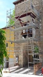 Comienzan los trabajos para rehabilitar la hornacina del Arco de la Guía de Brihuega