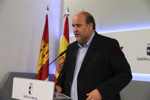 El Consejo de Gobierno C-LM da luz verde a un decreto de ayudas por 2,5 millones para incentivar la contratación indefinida