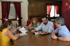 El Ayuntamiento y Guada Acoge mantienen la colaboración para prestar el servicio de información sociojurídica y mediación laboral